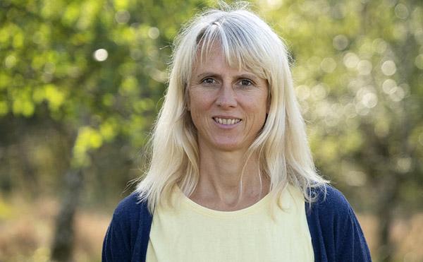 Merle Melder, Heilpraktikerin, Physiotherapeutin, Diplom Osteopathie spezialisierung Pädiatrie, zertifizierte CMD Expertin